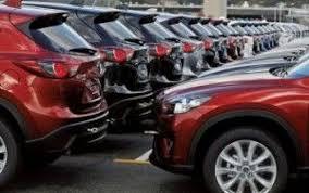 A chi vedere la tua automobile usata? Meglio un privato o una concessionaria? Tutti i pro e i contro delle due alternative